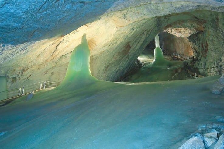 غارهای یخی Eisriesenwelt در اتریش