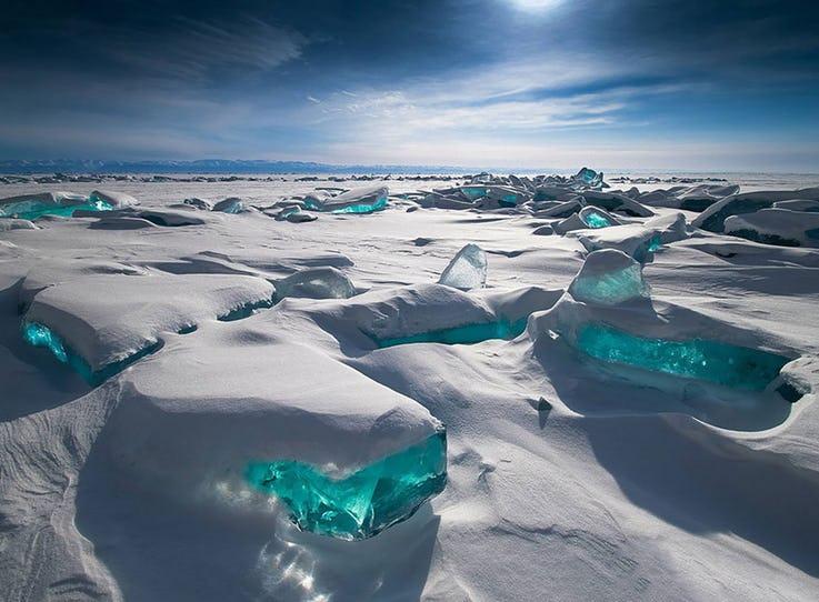 منطقه یخهای زمردی در روسیه