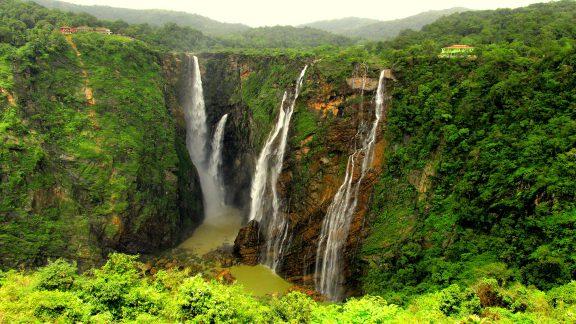معرفی زیباترین آبشارهای جهان که باید حتماً از آنها دیدن نمایید