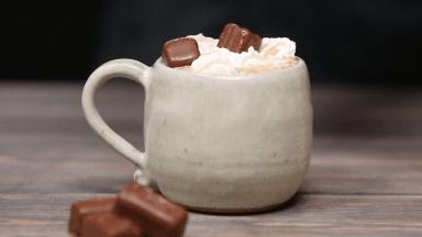 شکلات داغ (هات چاکلت)