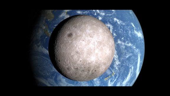 نیمهی پنهان ماه