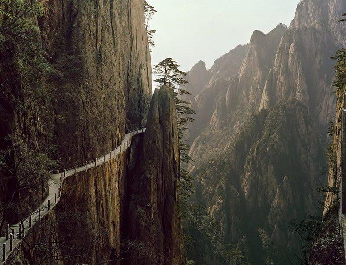 ترسناکترین مسیرهای توریستی