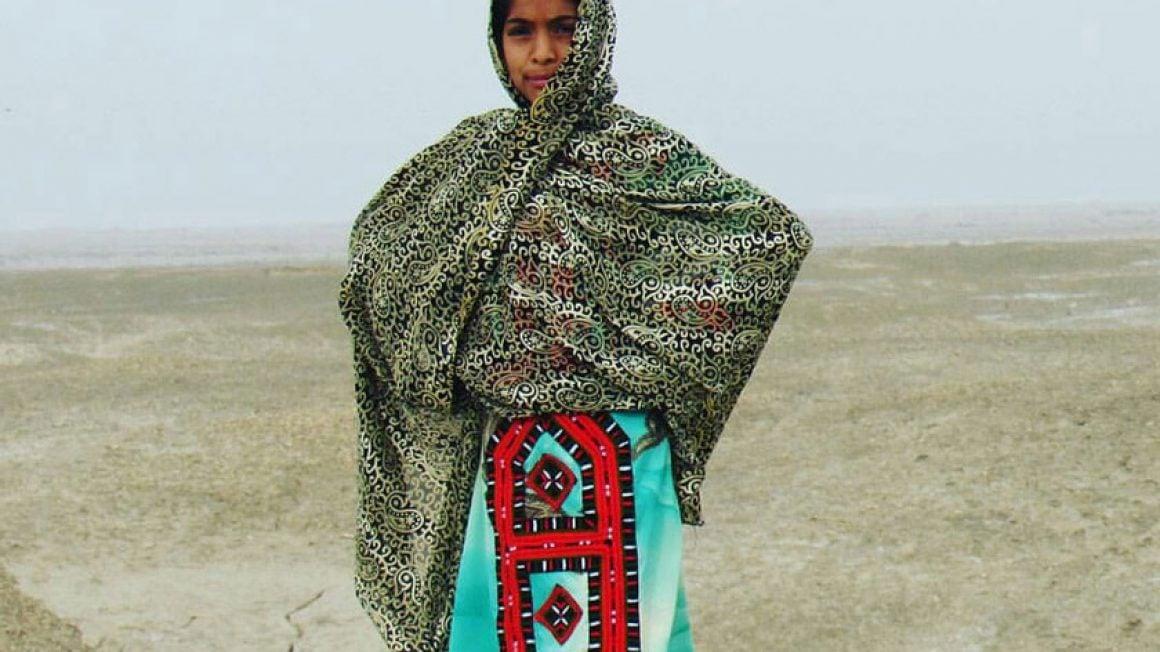 اولین نکته که برای این لباس جلب توجه میکند گران بودن لباس زنان بلدچ است که با عنوان گرانترین لباسهای کشور از آن یاد میشود.