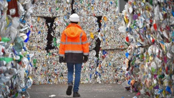 مشکلات پلاستیک در جهان و راه حلهای پیش روی آن چیست