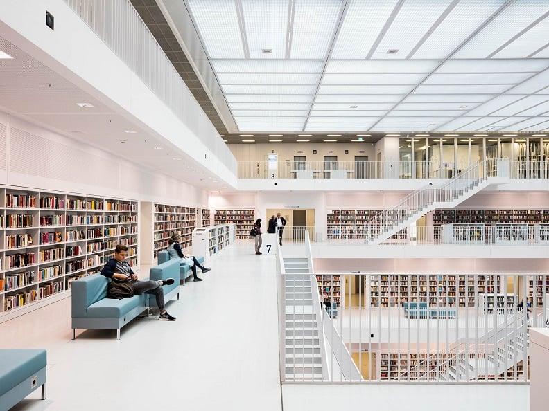 کتابخانه Stuttgart City
