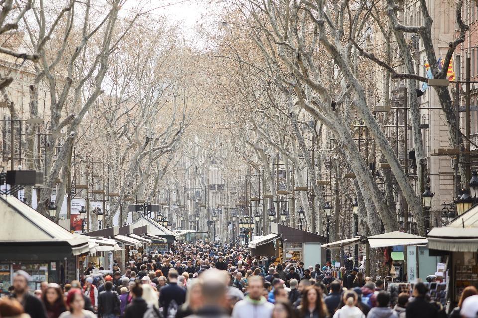 پر ازدحامترین شهرهای اروپا-بارسلونا اسپانیا