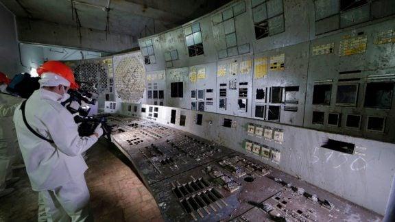 بازشدن دربهای اتاق کنترل رآکتور شماره 4 چرنوبیل بر روی توریستها…برای پنج دقیقه