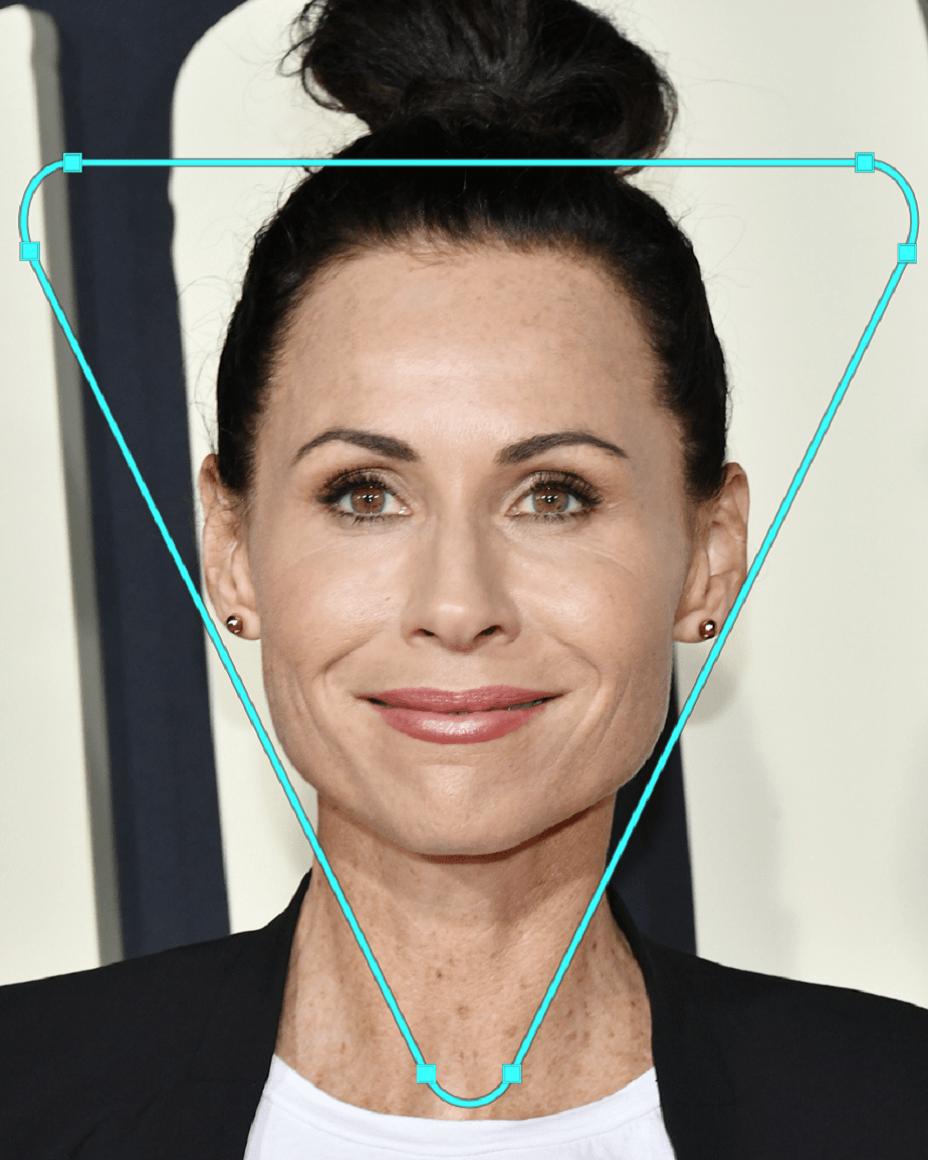 کشیدن صحیح رژ گونه - صورت مثلثی شکل