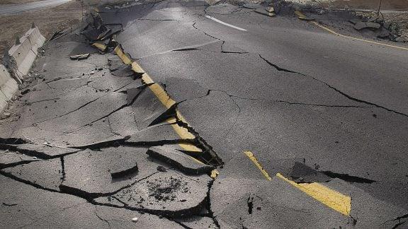 زلزله 5.4 ریشتری شیراز عصر دیروز شهرهای جنوبی ایران را لرزاند