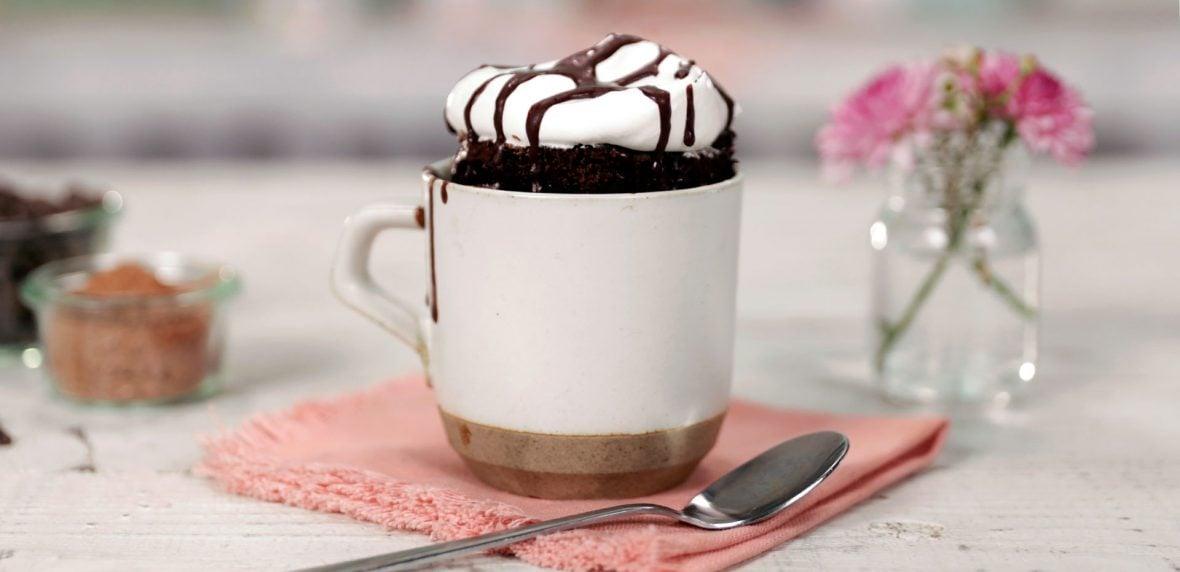 دستور تهیه کیک فنجانی سریع
